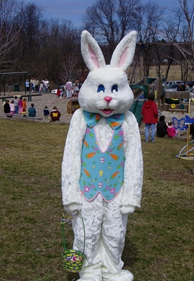 PICTURES WITH THE EASTER BUNNY, FRIDAY APRIL 3
