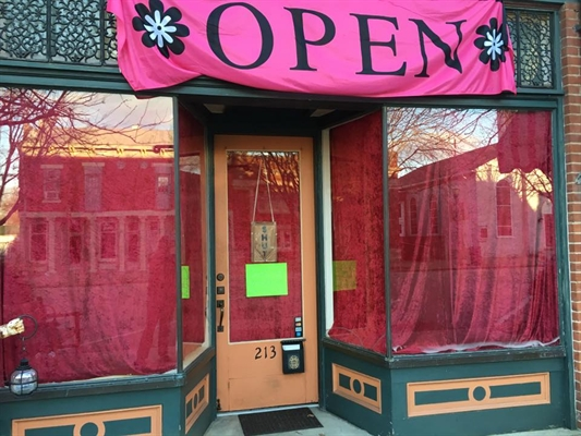 Amber's Antiques & Eclectic Treasures Grand Opening Feb. 3