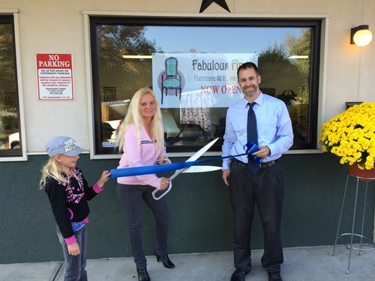 Ribbon Cutting at Fabulous Finds