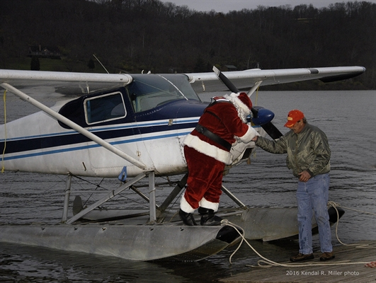 Santa Arrives In Rising Sun by Seaplane Friday, December 1